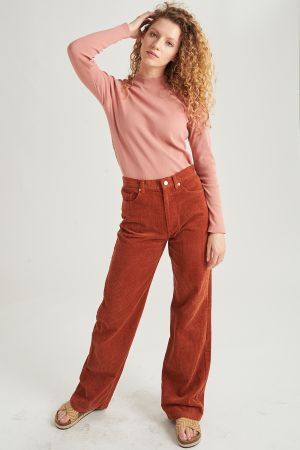 Corduroy Pant in brown